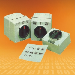 Changeover and Forward/Reverse Switches IP66